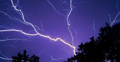 Metal Roofs are lightning safe